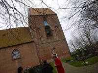Suurhusen, Kirche