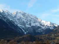 Blich auf die verschneiten Berge