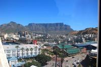 Fahrt mit dem Riesenrad an der Waterfront in Kapstadt - Tafelberg