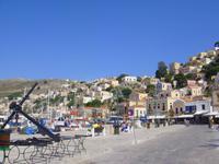 Am Hafen von Symi