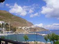 am Hafen von Tilos