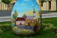 019 Zagreb, Kaptol-Platz, Osterei mit Abbildung Macusplatz