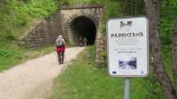 Tunnel auf dem Wanderweg