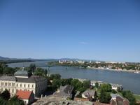 156 Donauknie