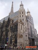 Der mächtige Stephansdom in Wien