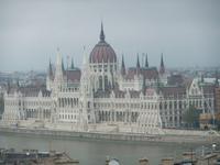 Blick zum Parlament in Budapest