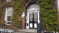 eine der schönen Türen von Dublin