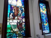 Glasfenster im Belfaster Rathaus