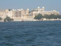 Stadtpalast vom See aus
