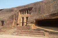 imposante Kanheri-Höhlen