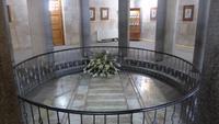 Hamadan - Avicenna-Denkmal