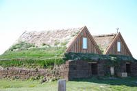 Häuser mit Torfdämmung am höchstgelegenen Bauerhof Islands
