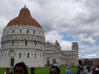Piazza dei Miracoli - dem Platz der Wunder in Pisa