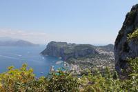 Blick von der Villa San Michele auf die Marina Grande von Capri