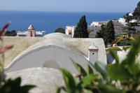 Blick auf die Dächer von Capri-Stadt