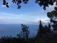 Blick auf das azurblaue Meer