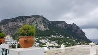 Insel Capri, Blick über Capri zum Monte Solaro