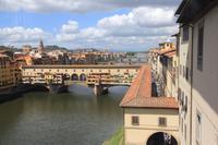 Blick aus den Uffizien auf die Ponte Vecchio