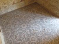 Mosaikböden in der Villa Romana