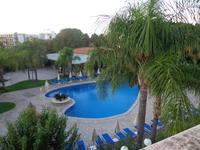 Hotel-Pool in Giardini Naxos