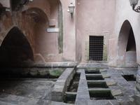 Waschanlage aus längst vergangener Zeit in Cefalu