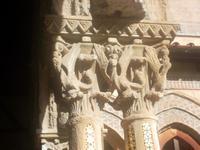 Kapitelle im Benediktinerkreuzgang von Monreale