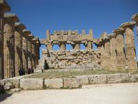 Die Ausgrabungsstätten von Selinunte - Im Ineren des Tempels