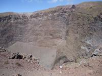 Vesuv_Blick in den Krater_2