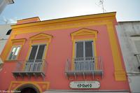 Impressionen aus Ischia - Farbenspiel der Fassaden in Forio