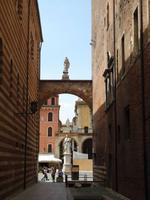 Verona_Dante_Denkmal