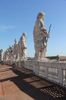 Auf dem Dach des Langschiffes von S. Pietro