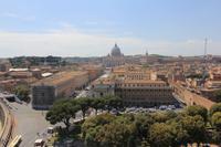 Blick von der Engelsburg auf den Petersdom