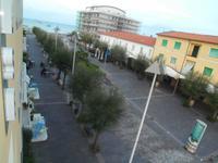 Nur 50 m zum Meer in Cecina