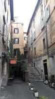 Via dei Coronari (Blick in eine typische Seitengasse)
