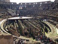 011 Innenbesichtigung im Kolosseum