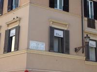 063 Via di Condotti