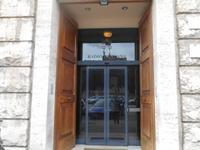 Eingang zum Gebäude des Radio Vatican