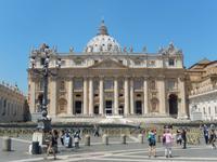 Außenansicht des Petersdoms