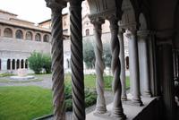 Kreuzgang neben Laterankirche