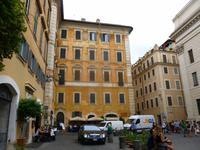 ... unterwegs in der Altstadt Roms ... (Piazza di Pietra)