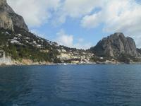 Rundfahrt mit dem Schiff auf der Insel Capri