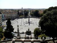 Vom Hügel des Pincio blickt  man auf die Piazza del Popolo.