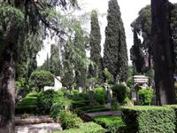 16_Rom_Protest.Friedhof
