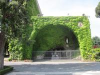 Vatiakgaerten_Grotte_Lourdes
