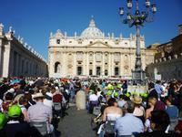 21.05.2014 Papst-Audienz auf dem Petersplatz
