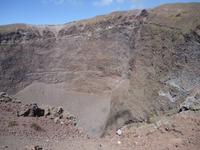 22_Vesuv Blick in den Krater_2