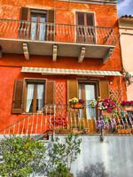 034 Sardinien - Häuserfassade in Porto Cervo