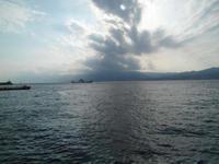 Über Messina ists düster