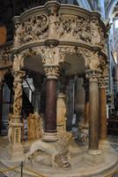 Kanzel im Dom von Pisa von Giovanni Pisano