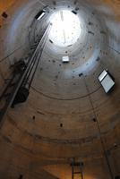 Schiefer Turm von Pisa - Innenbereich mit Blick nach oben